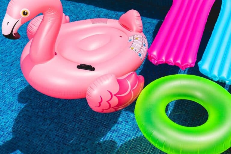 These are the 15 Best Pool Floats in 2021